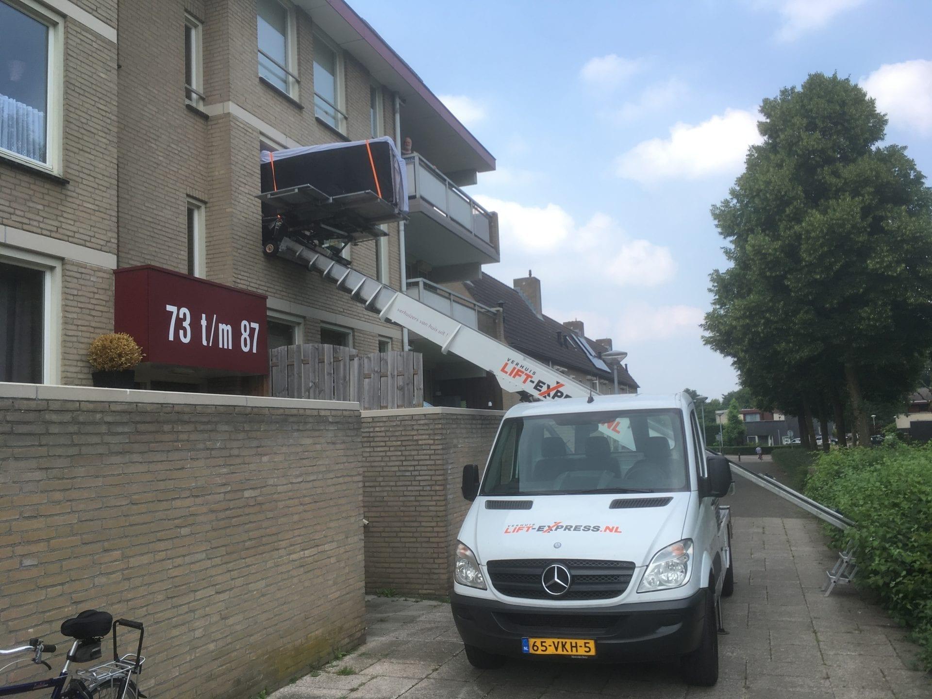 Verhuislift Venlo-Blerick Op den Akker